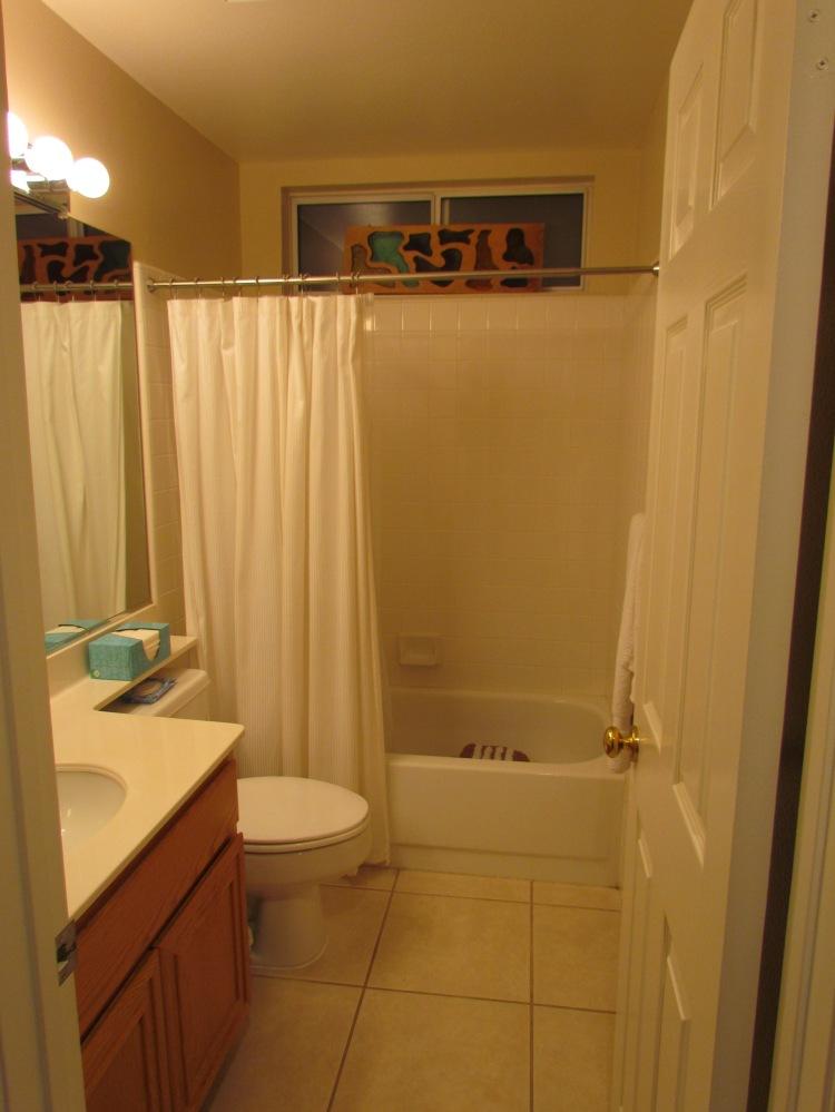 Bland Bathroom